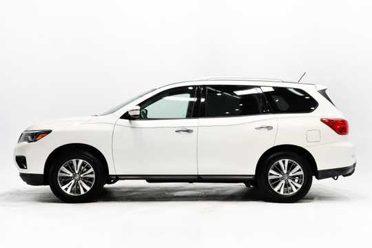 2018 Nissan Pathfinder car for sale in miami
